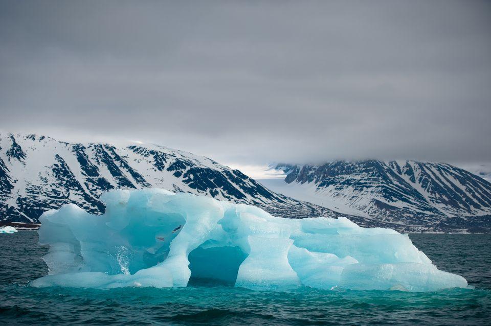 jéghegy (jéghegy, )