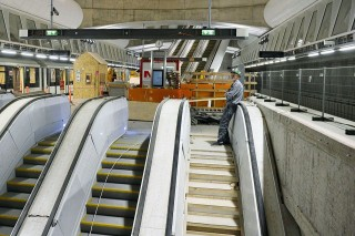 metro (metro)