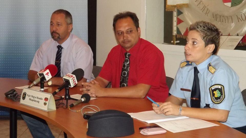sajtótájékoztató (fejér megyei rendőrség)
