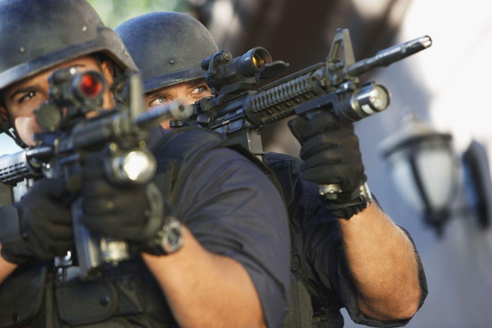 swat (swat)