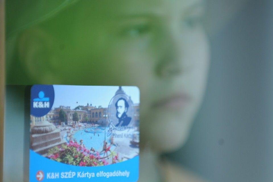 szép-kártya (szép-kártya, )