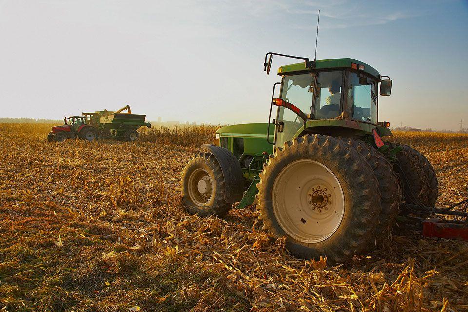 traktor (traktor)