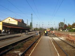 Felújítás a váci állomáson (vác, állomás, felújítás, )