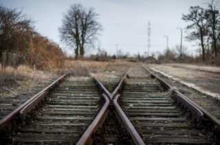 Sínek (vasúti sínek, sín, vasúti pálya, )