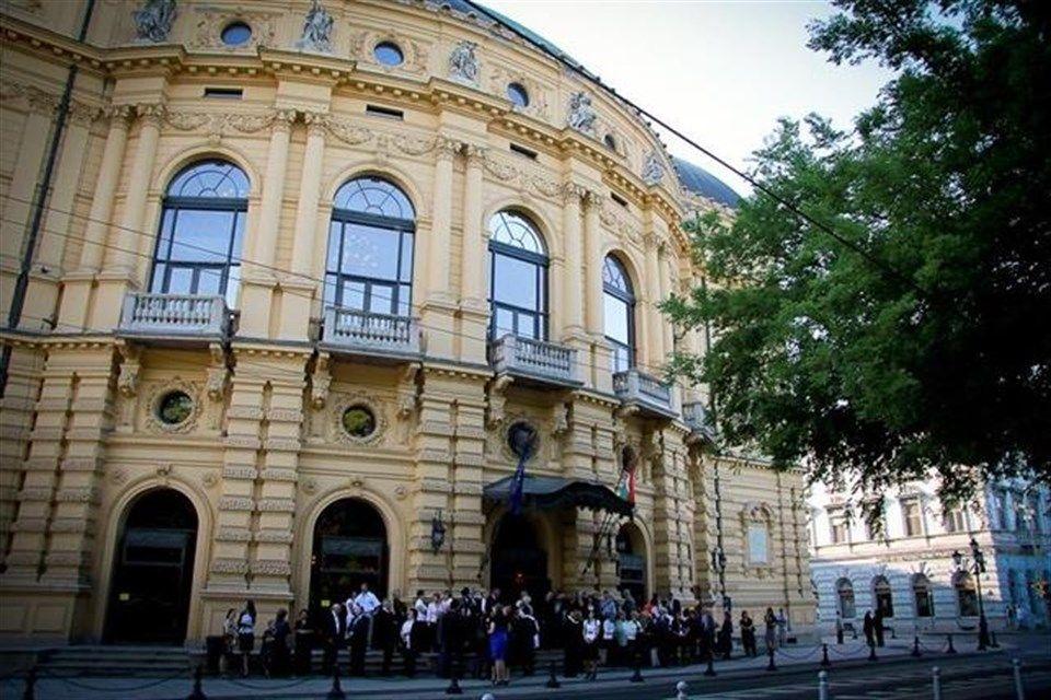 Szegedi-Nemzeti-Szinhaz(4)(960x640).jpg (Szegedi Nemzeti Színház)