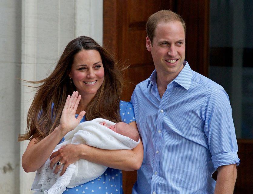 az első kép a királyi babáról (királyi baba, )