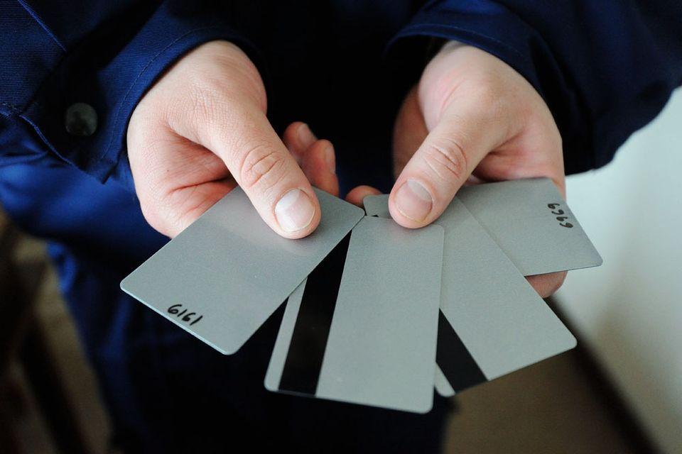 bankkártya csalás (bankkártyacsalás, )