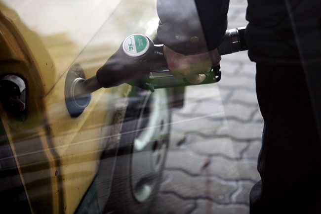 benzin (benzin, tankolás, )
