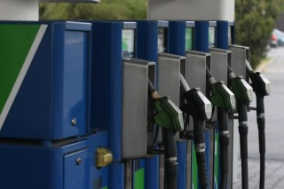 benzinkut(960x640)(6).jpg (benzin, )