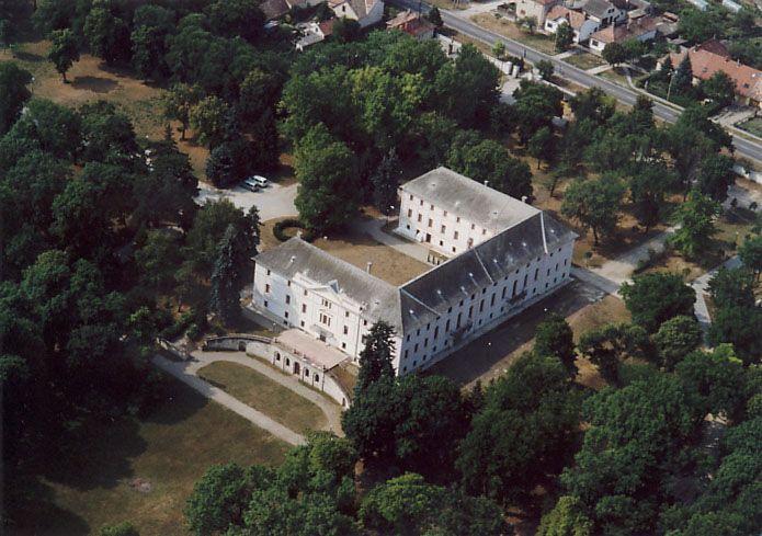 bicskei Batthyány kastély (kastély-park, )