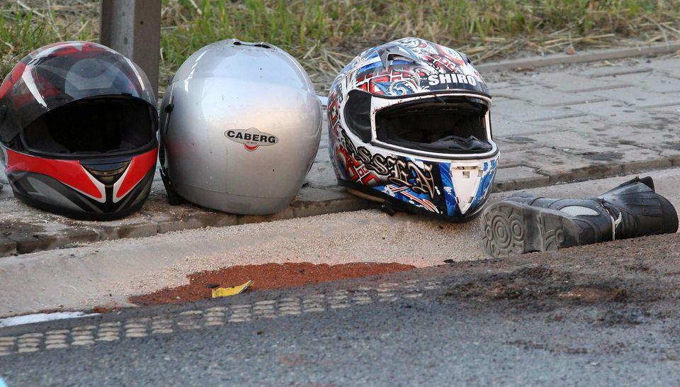bukosisak-motoros-baleset(960x640)(1).jpg (bukósisak, motoros baleset, )