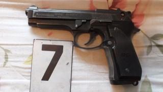 engedély nélküli fegyvertartás (szentendre, engedély nélküli fegyvertartás)