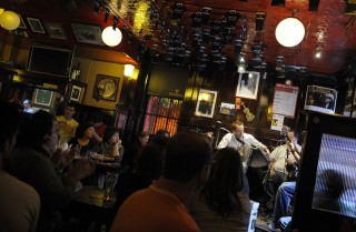 ír kocsma (pub)