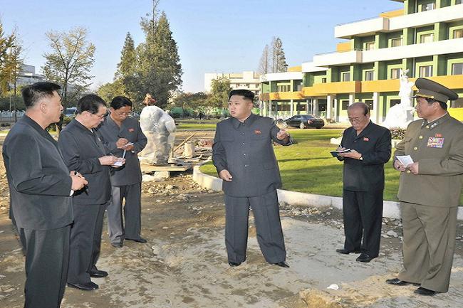 kim dzsong un photoshop (kim dzsong un, photoshop, baki)