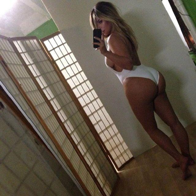 kim kardashian (kim kardashian)