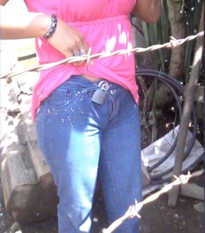 Pisilés a nadrágban