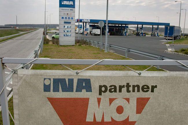 mol ina (mol, ina, )