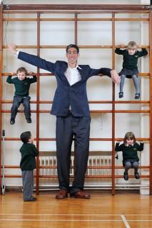 világ legmagasabb embere (a világ legmagasabb embere)