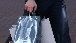 ABERCROMBIE & FITCH 2 (ruha, luxusmárka, usa)