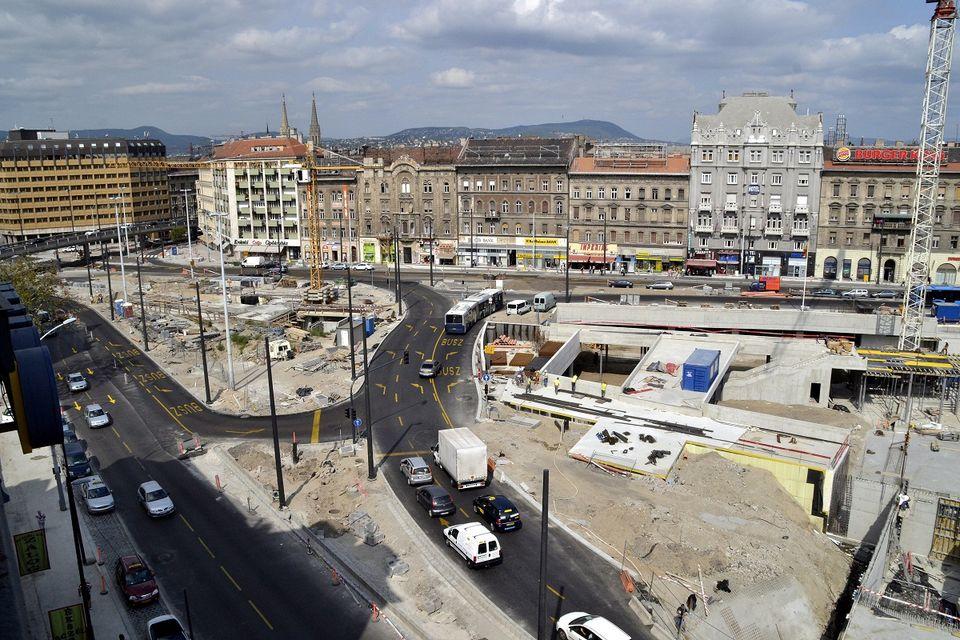 Baross tér (baross tér,)