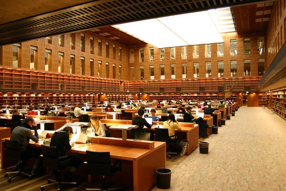 Drezdai-Muszaki-Egyetem-belso(960x640).jpg (egyetem, drezda, németország)