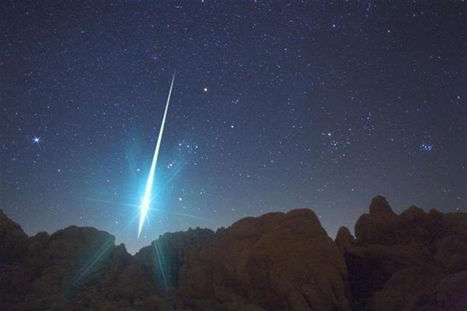 Meteor(1)(960x640).jpg (meteor, )