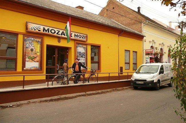 Mozaik-Mozi(650x433).jpg (mozi, vásárhelyi mozi, mozaik mozi, )