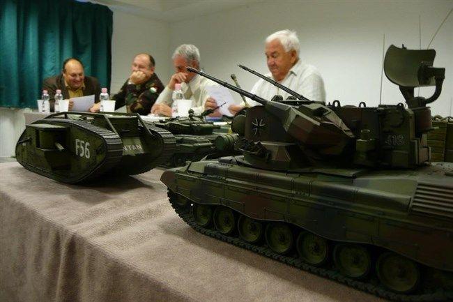 Tank-makett(650x433).jpg (tank, katonaság, makett, )
