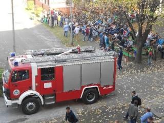 Tűzoltó autó (tűzoltó autó, )