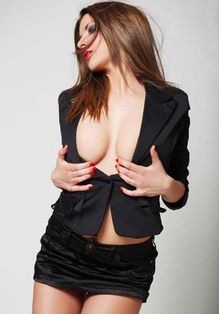 Vanja Hadzović (szexi fotók, diplomata, szerbia, )