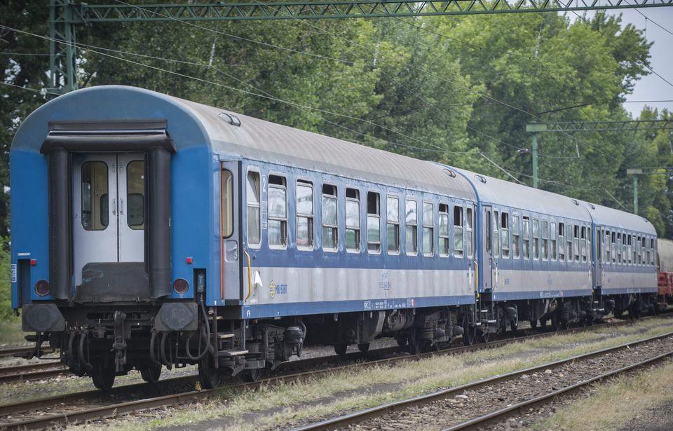 Vasúti felújítások a Dunakanyarban (vasútfejlesztés, váci állomás)