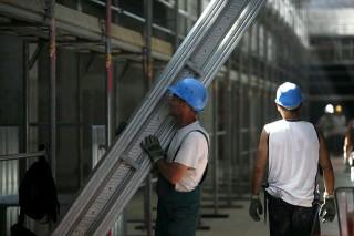 epitoipar(430x286)(1).jpg (építőipar, építkezés, munkás, panel, napkollektor, panelprogram,)