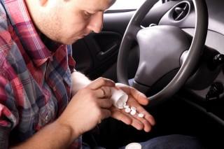 gyógyszeres vezetés (drog, gyógyszer, autó, vezetés, )