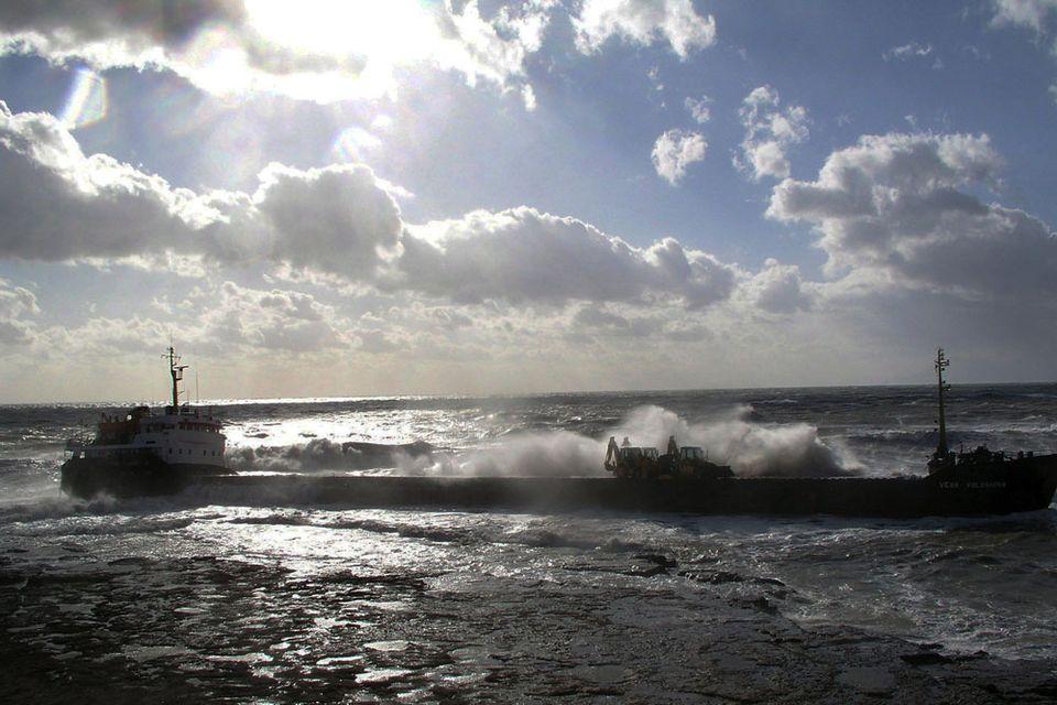 hajo-a-tengerben(960x640)(1).jpg (hajó, tenger)