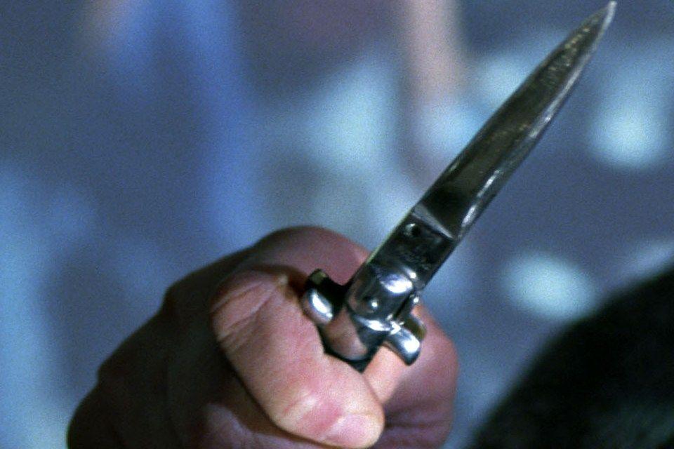 kés (kés, )