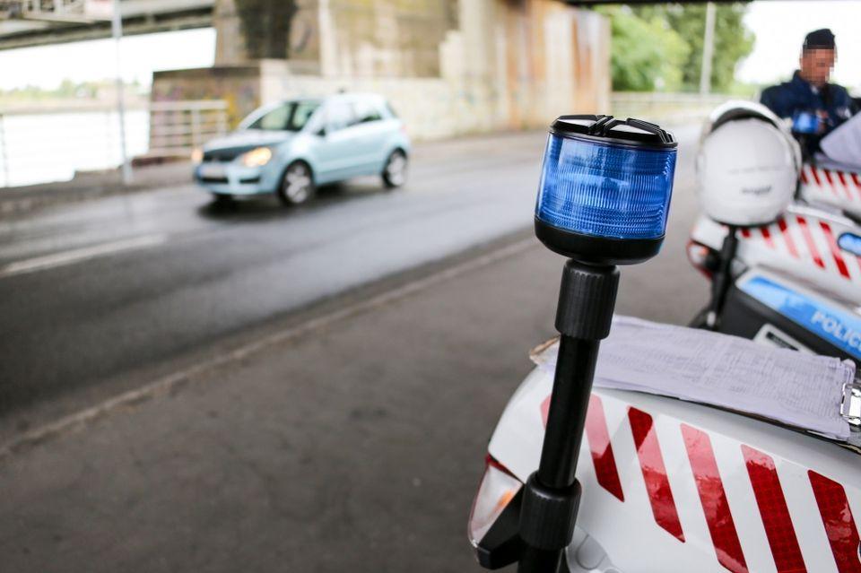 rendorseg-kozuti-ellenorzes-igazoltatas(5)(960x640)(2).jpg (rendőrség, közúti ellenőrzés, igazoltatás)