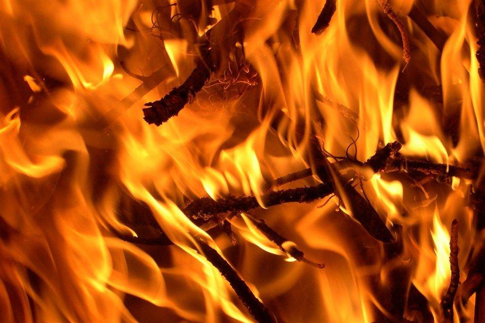 tuz(1)(960x640).jpg (tűz, láng, )