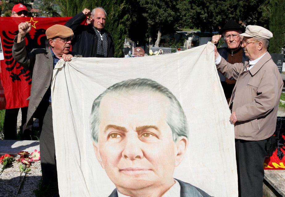 Enver Hoxha  (Enver Hoxha )