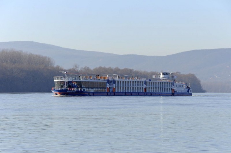 Hajó a Dunán (dunai hajózás, )