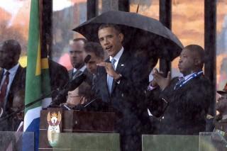 Mandela jeltolmács (jeltolmács, nelson mandela temetése)