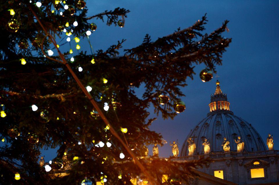 Vatikan-karacsonyfa(960x640)(1).jpg (karácsonyfa)