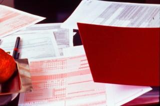 adózás (adóbevallás, )