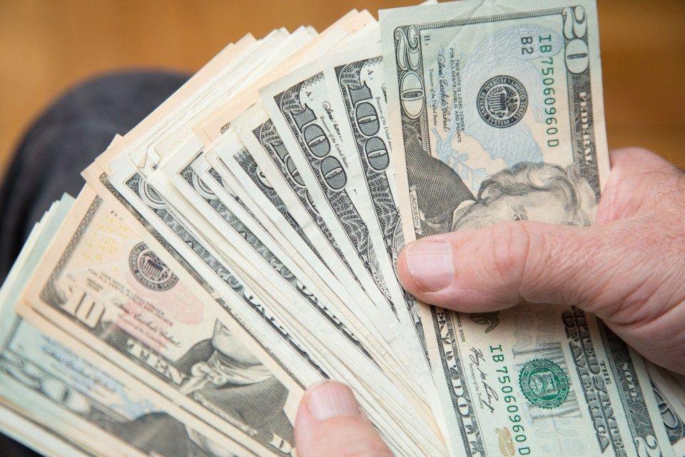 dollár (dollár, )