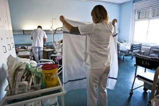 egeszsegugy-nover-apolo(960x640)(3).jpg (nővér, ápoló, egészségügy, )
