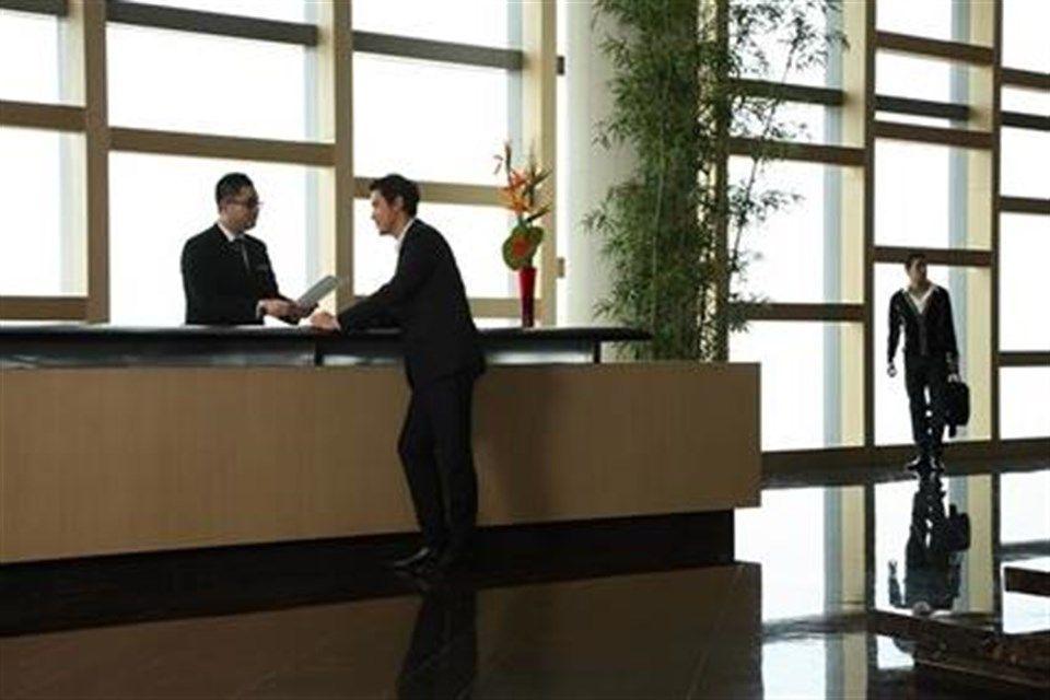 hotel(1)(960x640).jpg (hotel)