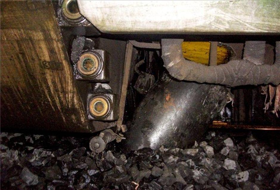 kisiklott motorvonat, olajtartály (olajtartály)