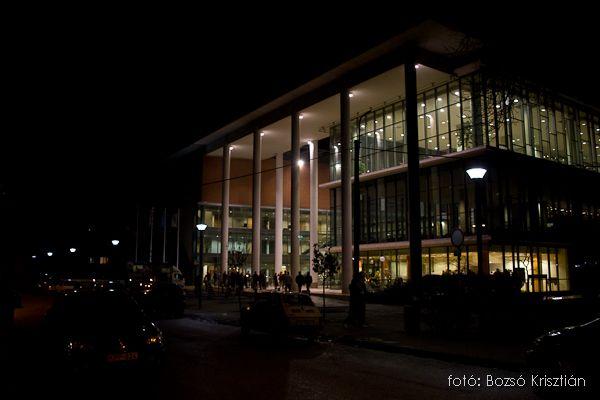 szegedi tudományegyetem (könyvtár)