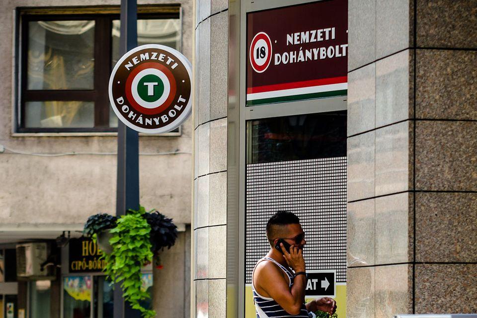 trafik (trafik, nemzeti dohánybolt, )