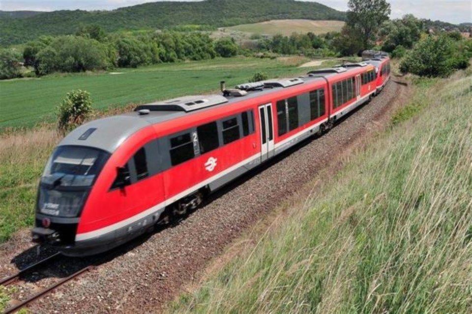 vonat(i)(1)(960x640)(1).jpg (vonat, vasút, máv)