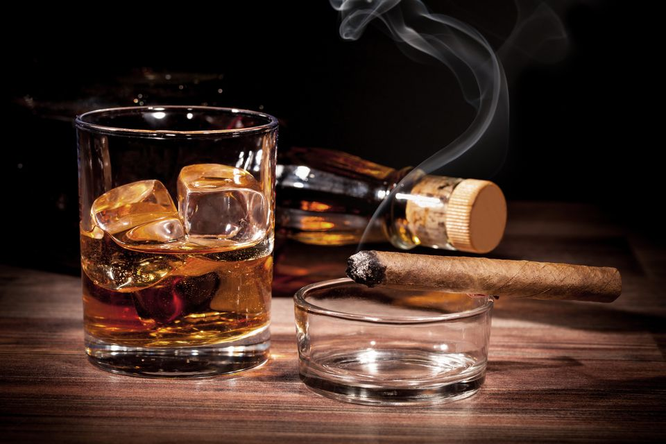 whiskey (whiskey, szivar)